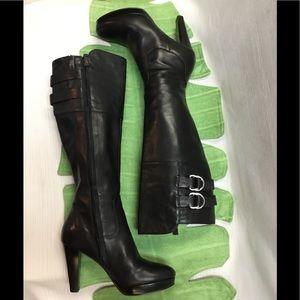 Beautiful Cole Hann Black Heels